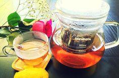 Purple Tea:  last of this past weekend's tea tasting . What's your Monday tea? simplesubtletea.com . . #cupoftea #teatime #teatraining #teaeducation #tea #teaaddict #teafriends #healthy #healthyliving #teajournal #teaaddict #healthylifestyle #myteabox #calm #life #foodie #letsgosomewhere #discovering #food #yoga #wellness #healthyyou #healthymind #ilovetea #cupoftea #purpletea #lovetea