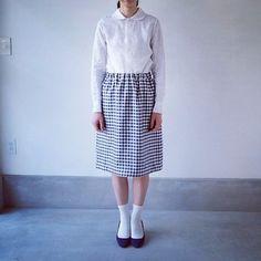 chiclin 尾山台 Skirts, Fashion, Moda, Fashion Styles, Skirt, Fashion Illustrations, Gowns, Skirt Outfits