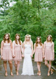 Boho-chic springtime wedding: http://www.stylemepretty.com/2014/09/23/boho-spring-wedding-in-nyc/   Photography: Emily Steffen - http://www.emilysteffen.com/