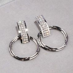 Crystal Earrings, Women's Earrings, Crystal Shapes, Fashion Earrings, Simple Designs, Dangles, Crystals, Metal, Fashion Fashion