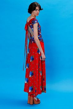 M JACOBS RESORT 2013...... oh my goodness I would give up some body parts or friends for this dress.