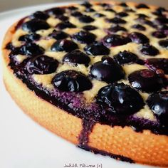 dessert on the grill summer \ dessert on the grill Berry Smoothie Recipe, Easy Smoothie Recipes, Easy Smoothies, Good Healthy Recipes, Snack Recipes, Cake Recipes, Dessert Recipes, Rum Fruit Cake, Chocolate Fruit Cake