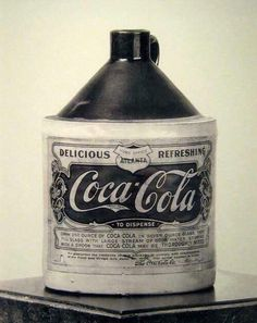 Coca-Cola syrup container I remember as a little girl going to the soda fountain in our neighborhood; they would mix syrup and soda water to make a Coca Cola Vintage Coca Cola, Vintage Advertisements, Vintage Ads, Vintage Signs, Vintage Medical, Vintage Stuff, Vintage Oddities, Creepy Vintage, Vintage Graphic