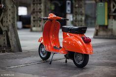 Vespa Primavera 1975, orange, in O-lacquer, original lacquer, Vespa Smallframe like Vespa 50SS, ET3, VE8PA.CH-23