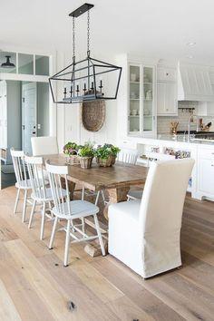Gorgeous modern farmhouse dining room design ideas (17)