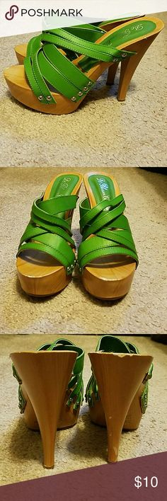 De Blossom Collection Green heels Never worn Green heels, small scuff on heel as shown in picture De Blossom Collection Shoes Heels