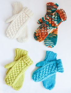 Chill Chaser Mittens By Bernat Design Studio - Free Knitted Pattern - (ravelry)