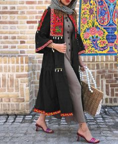 Stylish Dress Designs, Stylish Dresses, Modest Dresses, Shadi Dresses, Abaya Fashion, Modest Fashion, Fashion Dresses, Fashion Illustration Dresses, Clothing Hacks