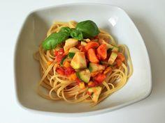 Pasta mit vegetarischer Bolognese, Gemüsesauce, Kidsfood, schnelle und gesunde Küche, Kochen für Kinder, Rezept auf lifestylemommy.de