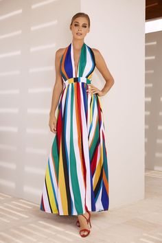 Dressed in colorful stripes: the darling of the moment - Vertical striped dress, red two Dress Outfits, Casual Dresses, Summer Dresses, Moda Outfits, Vestido Multicolor, New Designer Dresses, Rainbow Outfit, Maxi Robes, Girl Fashion