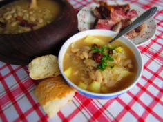 istarska jota (Also known as Istrian stew, this hearty dish features beans and sauerkraut, showcasing some of the Austrian influences on Croatia's cuisine.)