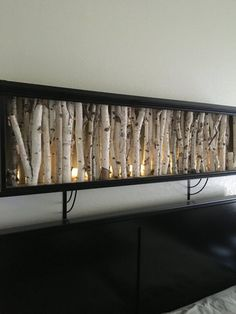 Weiße Birke Wand Nacht lite This custom made wall night lite is the most unique night lite you'll ev Wood Projects, Woodworking Projects, Birch Tree Decor, Tree Branch Decor, Night Lite, Diy Home Decor On A Budget, Wood Wall Art, Wood Walls, Tree Wall Art
