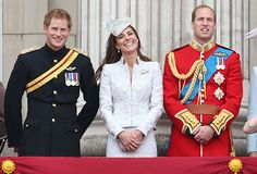 Kate Middleton, Prince William, Prince Harry and the rest of the royal family celebrated Queen Elizabeth II turning 88 at a Trooping the Colour parade in London on Saturday, June 14 Prince Harry Kate Middleton, Prince Harry And Kate, Prince William And Harry, William Kate, Prins William, Prince Charles, Duchess Of Cornwall, Duchess Of Cambridge, Duchess Kate