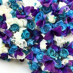 Sneak peek of a #newconcept #roses #orchids #singaporeorchids #artificialflowers #weddings #weddingflowers #weddinginspo #madeinmelbourne