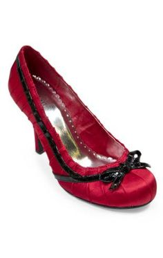 contrast trim party pumps, available in 4 colors
