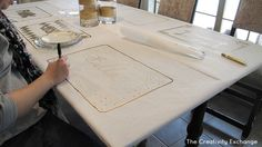 con papel blanco tb DIY Festive Butcher Paper Tablecloth {Happy New Year}…