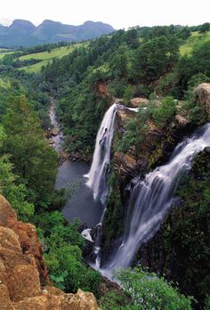 The Lisbon Falls lie north of the little town of Graskop in Mpumalanga, just outside the Blyde River Canyon Nature Reserve in South Africa. Beautiful Waterfalls, Beautiful Landscapes, Out Of Africa, Africa Travel, The Great Outdoors, Places To See, South Africa, Safari, Destinations