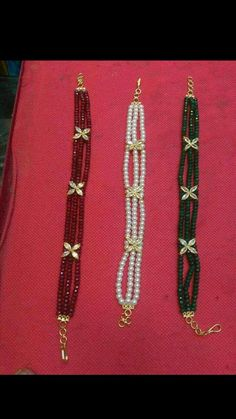 Pearl Necklace Designs, Beaded Jewelry Designs, Bead Jewellery, Pearl Jewelry, Bridal Jewelry, Gold Necklace, Indian Jewelry Sets, Gold Jewelry Simple, Chocker