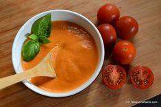cel mai bun sos de rosii cu usturoi si smantana Pesto, Thai Red Curry, Cantaloupe, Mai, Salsa, Food And Drink, Vegan, Cooking, Ethnic Recipes