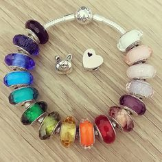#Rainbow #pandora #bracelet!!! Would you wear this #colourful bracelet??…