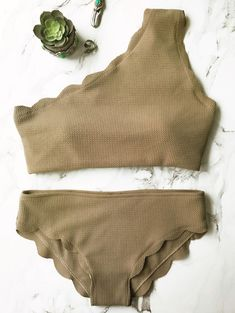 Wireless Scalloped One Shoulder Bikini — 11.35 € ----------------Size: S Color: GREY OLRVE