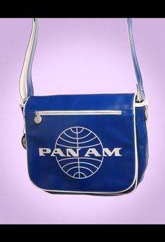Pan Am Large Messenger Bag in Vintage Blue
