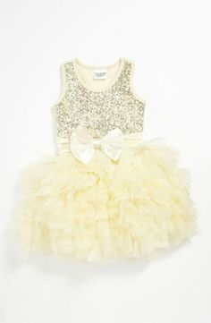 Oh my gosh, Londyn and Caroline would be adorable in these.