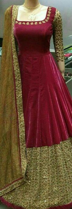 Kurtis Neck Designs with New trend style - Kurti Blouse Indian Gowns Dresses, Pakistani Dresses, Indian Outfits, Bridal Dresses, Long Gown Dress, The Dress, Stylish Dresses, Fashion Dresses, Churidar Designs