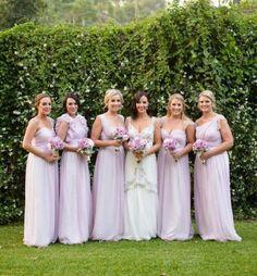 lila flieder nuance lange Brautjungfernkleider verschiedene modelle