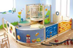 Exemple aménagement HABA Gemino et cloisonnette pour coin des petits creche ludique pratique bois