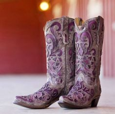 1f48c37f03147a Is so want these from country outfitters. DamenLila Cowboy StiefelCowboystiefel  ...