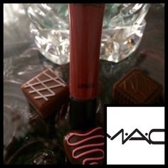 🆕MAC❤️Jellybabe❤️Limited Edition❤️Lipglee❤️Disc💋 MAC Jelly Babe  Lipglee 💋🌹DISCONTINUED🌹❤️Limited Edition❤️MAC Discontinued it❤️Jelly Babe is a soft beige-rose gloss without any sparkles or shimmers. It is sheer to medium opacity, depending on thickness of application....  Amazon sold out for $100 ❤️please use offer button on all offers thanks❤️Collectors❤️or Lippy Lovers💋a❤️BUNDLE❤️Discontinued❤️price is firm❤️thank you💋❤️My MAC products are all discontinued items💋 MAC Cosmetics…