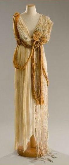 Dress made for Michelle Pfeiffer as 'Titania, Queen of the Fairies' - 1999 - William Shakespeare's 'A Midsummer Night's Dream' - Costume Design by Gabriella Pescucci - @~ Mlle  #amidsummerknitsdream #loveknittingcom