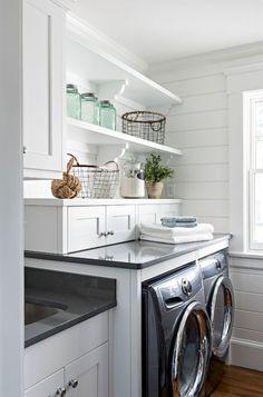 26 Best Modern Farmhouse Laundry Room Decor Ideas