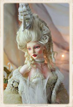 The Art of Jennifer Sutherland: Dolls, dolls dolls!