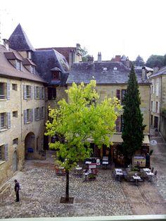 Sarlat. Vacaciones a la francesa (III): Dos encuentros.