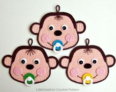 He encontrado este interesante anuncio de Etsy en https://www.etsy.com/es/listing/244913145/079-baby-monkey-potholder-or-decor
