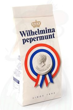 Wilhelmina Pepermunt in een zakje. I Wilhelmina mints!!! My mother in law always has these on hand