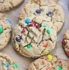 'Can't Eat Just One' Peanut Butter M&M Cookies Peanut Butter Cream Pie, Peanut Butter Dessert Recipes, Classic Peanut Butter Cookies, Chocolate Peanut Butter Fudge, Peanut Butter Chips, Chocolate Chip Oatmeal, Butter Pie, Chocolate Orange Cookies, Pie Recipes