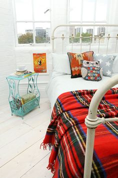 Don't want it to be winter but this would make me stay in bed for sure - Tweedmill Red Tartan Blanket - Urban Outfitters Tartan Throws, Urban Outfitters, Shabby, Recycled Furniture, Home Decor Bedroom, Bedroom Ideas, Soft Furnishings, Home Gifts, Bedding Sets