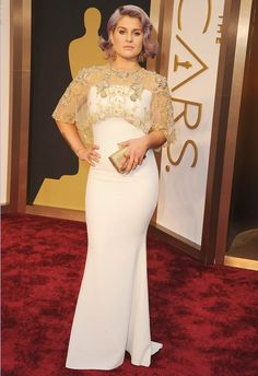 Kelly Osbourne in Badgley Mischka at the 2014 Academy Awards | Getty Images | blog.theknot.com