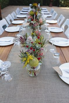 Wedding table decorations diy - DIY Victoria Wedding at Euroa Butter Factory – Wedding table decorations diy Aussie Christmas, Australian Christmas, Christmas Decorations Australian, Australian Party, Christmas Lunch, Holiday Dinner, Christmas Christmas, Christmas Ideas, Party Table Centerpieces