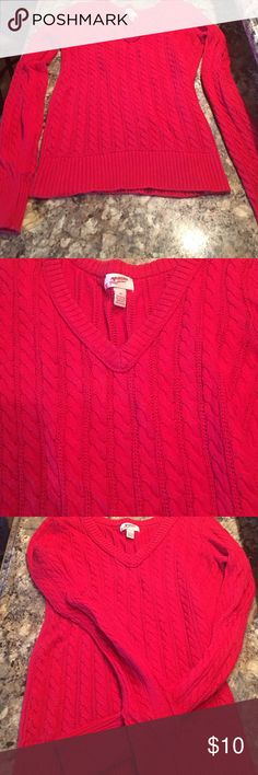 Red knit sweater Sweater size medium. Color is red. Has a cable knit design. Has been worn but in good shape Arizona Jean Company Sweaters V-Necks