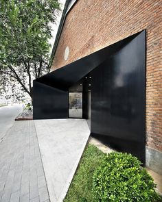 Woo Space by hyperSity Architects located in China Modern Entrance, Entrance Design, Facade Design, Door Design, Exterior Design, House Design, Detail Architecture, Interior Architecture, Architecture Tools