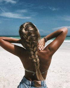 on the beach in 2019 hair, hair styles, long hair st Frontal Hairstyles, Boho Hairstyles, Pretty Hairstyles, Wedding Hairstyles, Quick Hairstyles, Ponytail Hairstyles, Hairstyles Haircuts, Natural Hairstyles, Hairstyle Ideas