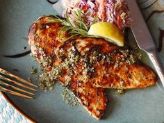 Five-Minute Grilled Chicken Cutlets With Rosemary, Garlic, and Lemon. via serious eats Chicken Cutlet Recipes, Cutlets Recipes, Chicken Cutlets, Easy Chicken Recipes, Chicken Breasts, Chicken Thighs, Healthy Grilling Recipes, Grilled Steak Recipes, Cooking Recipes