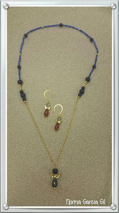 bc746eb85571 Collar y aretes de angel Colores para el 4 de julio