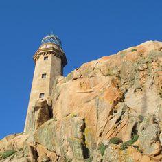 El Faro de Camariñas ha sido el primer faro de España que funcionó con luz eléctrica #Costadamorte