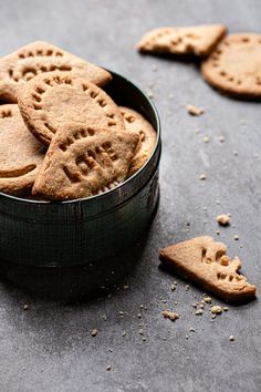 These Rye Brown Butter Shortbread Cookies are made with 100% Rye flour, brown butter, a small amount of brown sugar and are the perfect tea time cookies. |#shortbreadcookie #ryeflourcookies #ryeflouerecipe #reyshortbreadcookies #brownbuttercookie #brownbutterrecipe #whatisbrwonbuter #howtomakebrownbutter #brownbuttershortbreadcookies #kingarthurcookies| Delicious Cookie Recipes, Easy Baking Recipes, Best Cookie Recipes, Sweet Recipes, Dessert Recipes, Butter Shortbread Cookies, Brown Butter Cookies, Homemade Cookies, Yummy Cookies