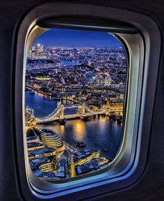 A London Tourist Guide. You Don't Need A Travel Agent To Pick A Great London Hotel. A great hotel turns your vacation into a fantasy. London Tourist Guide, Plane Photography, Venice Photography, Great Hotel, London Hotels, Travel Abroad, Tower Bridge, London England, Airplane View